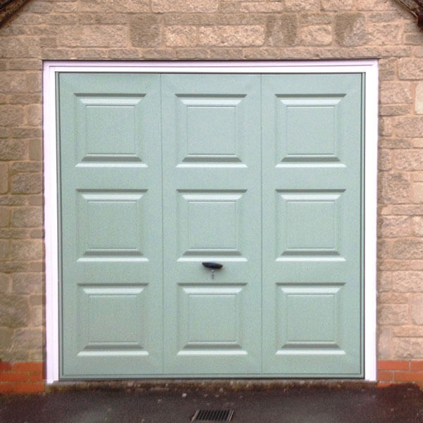 green-garage-door-newcastle